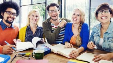 Intenzivni tečaj učenja stranog jezika – marketinški trik ili stvarno učenje?